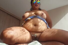 Gorda sentando na pica dura