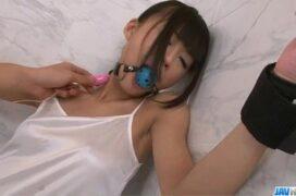 Novinha transando amarrada