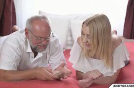 Video porn incesto neta dando pro avô