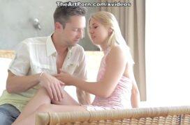 Video porno hd loira safada tranando com seu vizinho da giromba grande
