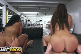 Amigas safadas transando com seu parceiros dentro da academia em um belo porno