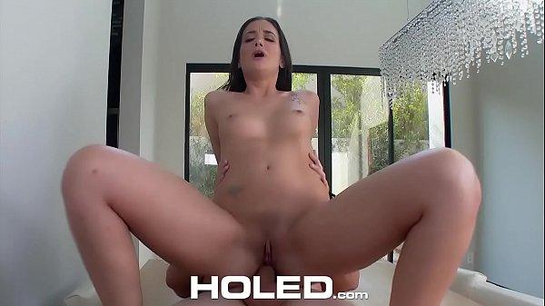 Porno xvideos novinhas se fodem durante a viagem
