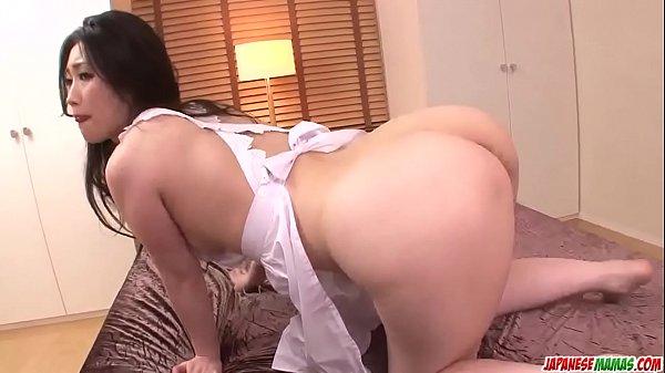 Japa se masturbando com vibrador