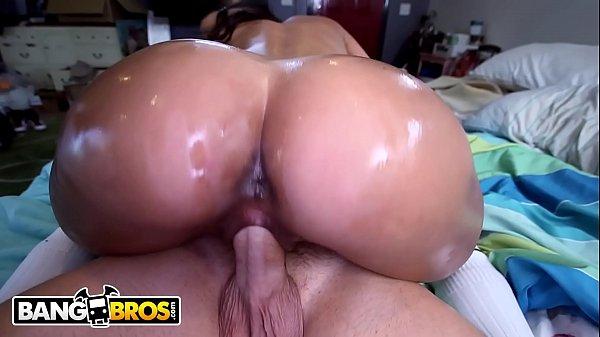 Morena latina de cu grande fudendo com mega dotado