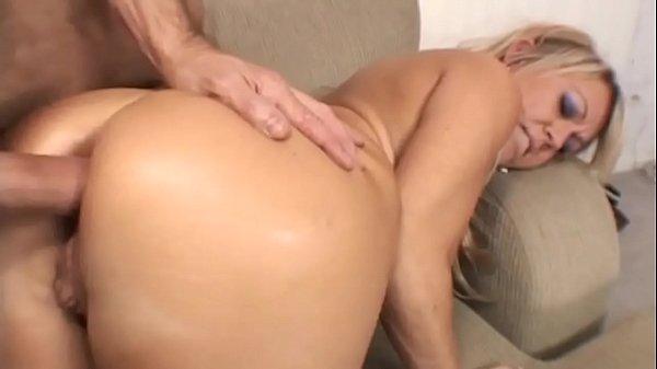 Filme porno loira gostosa casada traindo marido