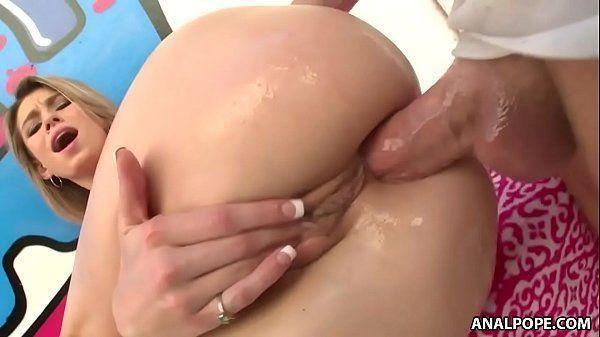 Pornozinho grátis com ninfetinha bunduda transando