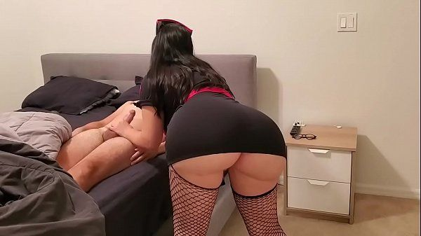 Mulher rabuda fazendo o marido gozar na sua buceta