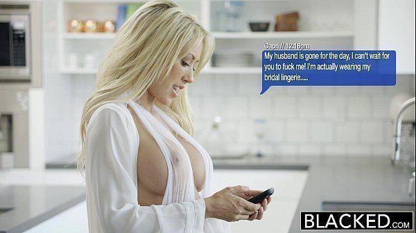 Porno tubes de peituda muito deliciosa fodendo