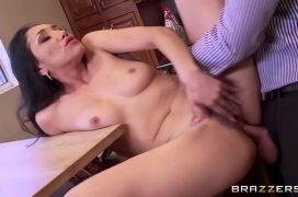 Video porn empresário comendo a melhor funcionária
