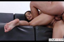 Vídeos sexo anal com marmanjo socando firme no rabo