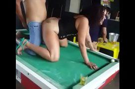 Brasil porno trepando com puta no bar