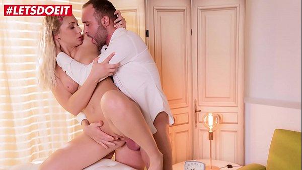 Porno tube transando com uma safada no cio